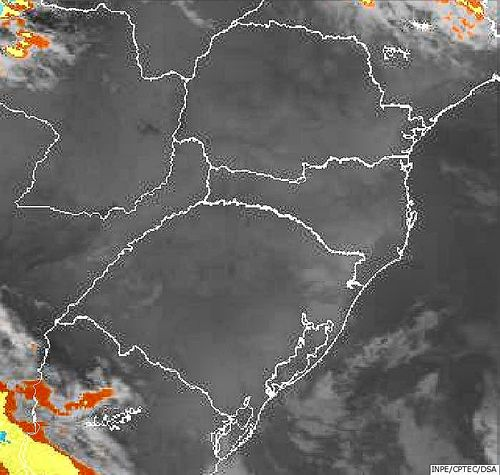 Imagem do satélite GOES 13/NOAA/EUA – Canal do Infravermelho + realce – dia 31/03/2015 – Hora local: 05:00 – Sul do Brasil.