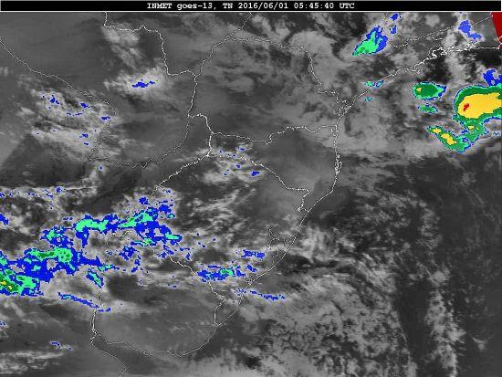 Imagem do satélite GOES 13/NOAA/EUA – Canal do Infravermelho + topo de nuvem – dia 01/06/2016 – Hora local: 02:45 – Sul do Brasil. Fonte: Instituto Nacional de Meteorologia (INMET) modificado por LabClima/UNIVALI.